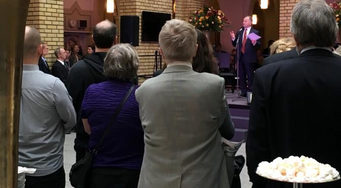 Ei due i lysekrona på Stortinget – og Lynet McQueen