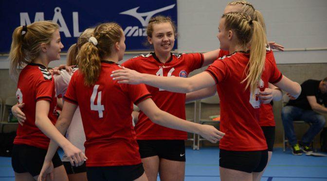 Se volleyball-finalene i U19 NM i Molde direkte fra klokka 12.15