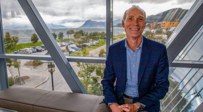 Rektor Steinar Kristoffersen går for universitetsnavnet